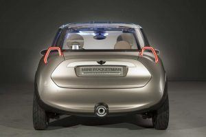 mini-rocketman-concept-2011-trasera
