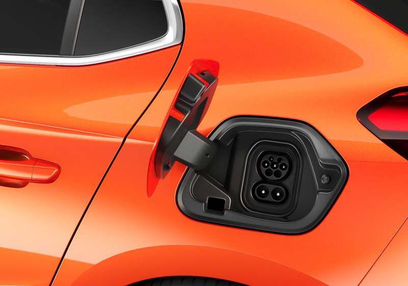 opel-corsa-electrico_conector-carga