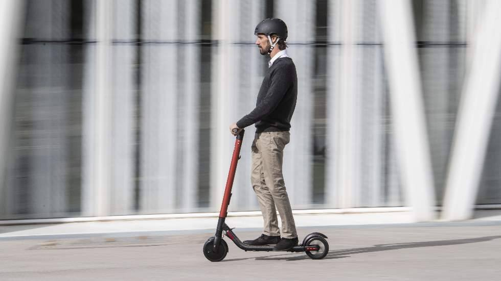 patinete-electrico-seat-exs-scooter-segway