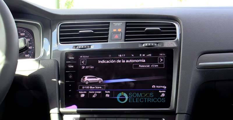 volkswagen-e_golf-indicacion-autonomia-pantalla-central