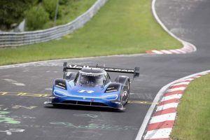 vw-id-r-bate-record-circuito-Nurburgring3